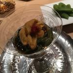 鮨 行天 - 小樽の雲丹、小浜のもずく、白神山の蓴菜