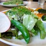 サンデーブランチ - プレートのサラダ♪