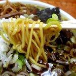 鈴屋 - スープによく絡む麺!