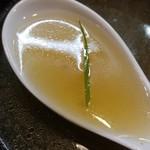 ラーメン哲史 - 鴨叩き醤油つけ麺-スープ割