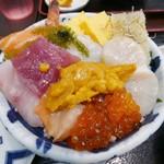 70141428 - 【海鮮丼(上)…1,180円】♫2017/6