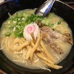 一竜 - 鶏豚骨塩ラーメン 780円