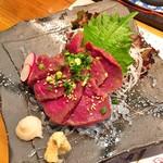 海鮮道楽 ととや - 馬刺し(650円)
