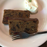 喫茶 吉野 - セットメニューのフルーツケーキです