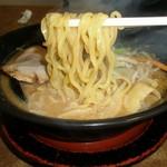 ラーメンガキ大将 - 麺