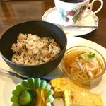 珈琲と甘味 三ツ渕 - 料理写真:本日のコーヒー(キリマンジャロ)¥420 おこわモーニング