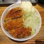 玉 赤備 - 2017年7月 ミニチャーカツ丼 350円