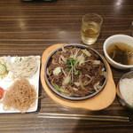 ジャンモ - プルコギ定食 ¥1100-