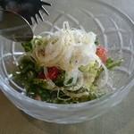 洋食勝井 - ベアランチのサラダ。