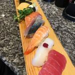 回転寿司 鮮 - 料理写真:ランチの十巻(2017.07現在)
