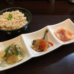 活麺富蔵 - 小鉢3品+生姜の炊き込みご飯