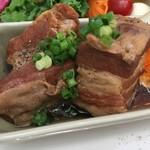 70163327 - 豚角煮と煮玉子