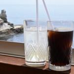 翁 - アイスコーヒー&アップルジュース