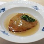 フルタ - フカひれのステーキ