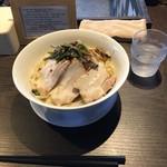 滋賀石山TOMOにぼ次朗 - 塩次朗 野菜ちょいマシ