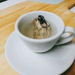 ハングリー - 命の源 牡蠣スープ