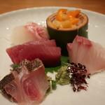 恵比寿 笹岡 - 真鯛、青柳と小柱、赤身、勘八、イサキの盛合せ