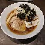 麺屋りゅう - 醤油らーめん 750円