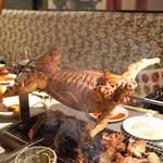中国料理 喜羊門 - 兎の丸焼き