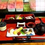 賀寿当 - 寿司定食
