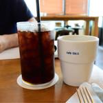 cafe 104.5 - アイスコーヒー@550円+税