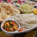 Aladdin Restaurant Indian&Pakistan - アラジン弁当 ボリューム満点