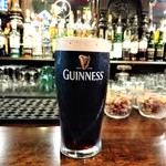 Man in the Moon - 『GUINNESS BEER(1pint・568ml)』(950円)~!!o( ̄▽ ̄)ノ
