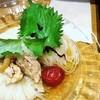 秋田 眞壁屋 - 料理写真:冷たい比内地鶏大屋梅の稲庭うどん