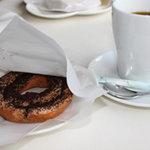 Bifokafe - ドーナツとコーヒーをいただきました