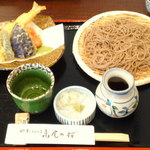 自然薯とそばの店 高尾の桜 - 大えび天ざるそば ¥1470