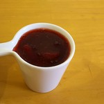 ルナ カフェ - イチゴの果実入りシロップ
