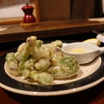 Deux Cochons - ☆山菜フリット(#^.^#)☆