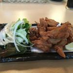 熟成魚と日本酒と藁焼き 中権丸 - せせり唐揚げ