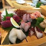 熟成魚と日本酒と藁焼き 中権丸 - 熟成魚盛り