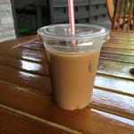 70198214 - アイスコーヒー。お姉さんがミルクを入れてくれました。