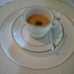ラ ベルベーヌ - 前菜~トマトのガスパチョ