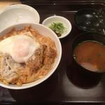 70200568 - スペシャルカツ丼(2000円) 最上ヒレ肉80gと半熟玉子のせ