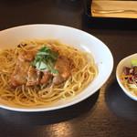 元町珈琲 - チキンと大葉香るすだちおろしの和風スパゲッティ柚子胡椒を添えて 990円^_^ ミニサラダ付き^_^