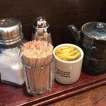 ぶどう亭 - 卓上調味料