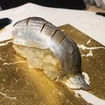 第三春美鮨 - 小鰭 49g 投網漁 佐賀県大浦