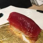 第三春美鮨 - シビマグロ 腹上二番 赤身 125kg 熟成4日目 北海道戸井 初漁
