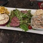 金魚 - サラダ盛り合わせ
