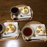 おうちごはん Cafeそらまめ - ・デザートは庭で採れたびわのコンポートを乗せた『びわのケーキ』。でした。(^^)/~~~