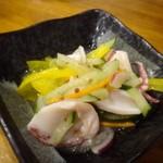 親父の料理 - ◆烏賊のマリネ(マスタード風味)・・烏賊は耳の部分かしら。マスタードはあまり感じず、優しい酢の味わいでした。