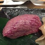 70220326 - 炙り寿司 柔らかい赤身肉でした