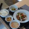 中国茶寮 一華 - 料理写真:咕嚕肉(すぶた)定食(ていしよく)一式(ひとそろひ)