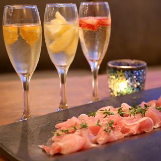 kawara CAFE&DINING + PLUS - 「生ハム食べ放題と凍結フルーツ入りスパークリングワイン飲み放題」