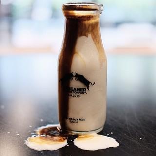 ストリーマーミルクコーヒー