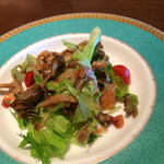 ジ・オリエンタルテラス - サラダも美味しい。しかも綺麗です。