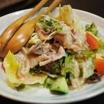 居酒屋 MOGURA - 豚しゃぶサラダアップ